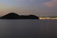 徳山湾の夜景 02350003383| 写真素材・ストックフォト・画像・イラスト素材|アマナイメージズ