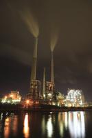 御影大橋付近から眺める工場の夜景