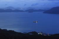 太華山から望む徳山湾の夕景
