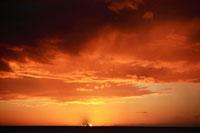 海の沈む夕陽