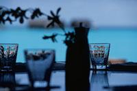 水上レストランのグラス