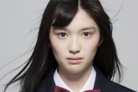 日本人の女子高生 02381000521| 写真素材・ストックフォト・画像・イラスト素材|アマナイメージズ