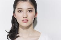 日本人女性のビューティーイメージ 02381000756| 写真素材・ストックフォト・画像・イラスト素材|アマナイメージズ