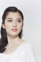 日本人女性のビューティーイメージ 02381000817| 写真素材・ストックフォト・画像・イラスト素材|アマナイメージズ