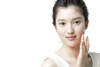 若い女性の美容イメージ 02381001307| 写真素材・ストックフォト・画像・イラスト素材|アマナイメージズ