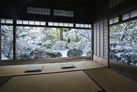 雪の滝口寺