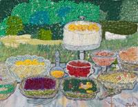 庭のテーブルに並べたデザート