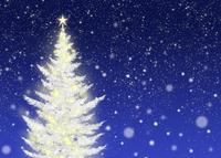 色々な色に光る白いクリスマスツリー 02411000022| 写真素材・ストックフォト・画像・イラスト素材|アマナイメージズ
