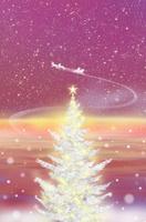 輝くクリスマスツリーとサンタクロース