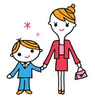 入学式スタイルの母親と子ども
