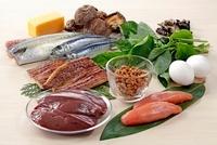 ビタミンB2を多く含む食材 02428000139| 写真素材・ストックフォト・画像・イラスト素材|アマナイメージズ