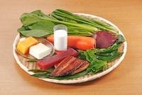 ビタミンAを多く含む食材 02428000167| 写真素材・ストックフォト・画像・イラスト素材|アマナイメージズ