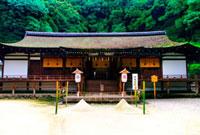 宇治上神社拝殿 02431000004| 写真素材・ストックフォト・画像・イラスト素材|アマナイメージズ
