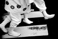 白い地下足袋 02431000007| 写真素材・ストックフォト・画像・イラスト素材|アマナイメージズ