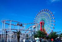 神戸ハーバーランドの遊園地 02431000017| 写真素材・ストックフォト・画像・イラスト素材|アマナイメージズ
