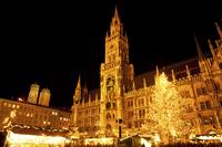 ミュンヘンの夜景 02433000553  写真素材・ストックフォト・画像・イラスト素材 アマナイメージズ