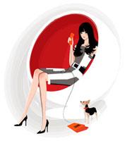 腰掛けて受話器を持っている女性と犬