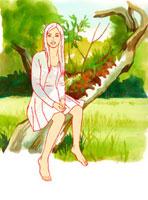 木に腰掛ける女性 02463000148| 写真素材・ストックフォト・画像・イラスト素材|アマナイメージズ