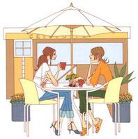 オープンカフェでくつろぐ二人の女性 02463000242| 写真素材・ストックフォト・画像・イラスト素材|アマナイメージズ