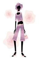 紫色の服を着てバッグを持つ女性の立ち姿