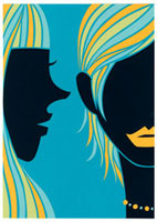 耳元でささやいている女性2人