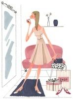 鏡を見ながら服装をチェックしいてる女性 02463000847| 写真素材・ストックフォト・画像・イラスト素材|アマナイメージズ