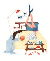 猫とベッドの上でエクササイズをしている女性