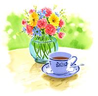 花の花瓶と紅茶のカップ