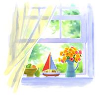 白い窓辺においてあるフルーツと舟のおもちゃと黄色と赤の花