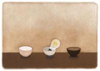 3つの茶碗と電球