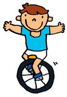 一輪車に乗っている男の子