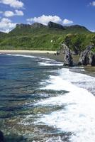 沖縄本島最北端・辺戸岬の海岸