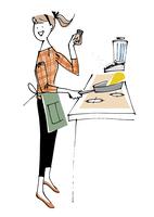 料理する女性 02514000118| 写真素材・ストックフォト・画像・イラスト素材|アマナイメージズ