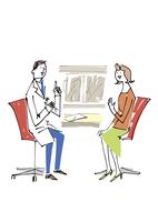 医師の説明を聞く女性 02514000165| 写真素材・ストックフォト・画像・イラスト素材|アマナイメージズ
