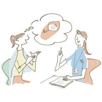 女医に相談する女性 02514000168| 写真素材・ストックフォト・画像・イラスト素材|アマナイメージズ