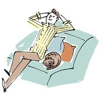 ソファでくつろぐ男性と猫