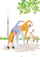 公園の木陰で体操する三世代のファミリーとスカイツリー 02526000062| 写真素材・ストックフォト・画像・イラスト素材|アマナイメージズ