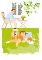 緑の芝生で戯れる犬と少女と見守る父