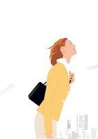 胸を張るビジネス女性