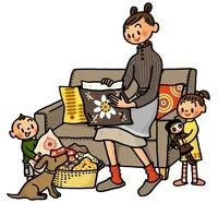 クッションの模様替えをする親子とイヌ 02551000046| 写真素材・ストックフォト・画像・イラスト素材|アマナイメージズ