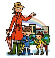 雨上がりの虹とカタツムリに興味津々の子供たち 02551000147| 写真素材・ストックフォト・画像・イラスト素材|アマナイメージズ