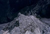 氷河に削られたキナバル山の山肌 02587000219| 写真素材・ストックフォト・画像・イラスト素材|アマナイメージズ