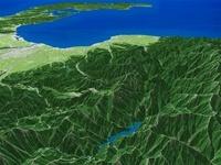 北アルプス上空から富山湾へ立山連峰と周辺地形を望む