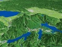 磐梯山を北側より周辺湖とともに望む