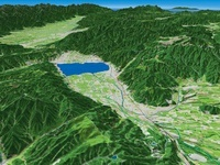 諏訪市上空から諏訪湖と諏訪盆地と周辺地形を望む