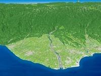 富山湾上空から黒部川を望む