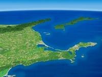 根室沖から風蓮湖と北方領土を望む