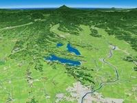東から奥羽山脈へ向けて伊豆沼を望む