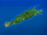 礼文島を南東上空より望む