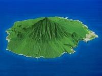 利尻島を北東上空より望む